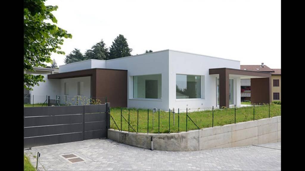 Villa in vendita a Bregnano, 4 locali, prezzo € 420.000 | CambioCasa.it