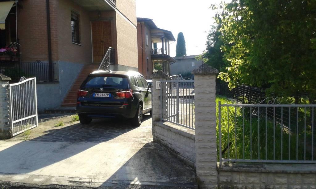Appartamento con ingresso indipendente - 6 locali