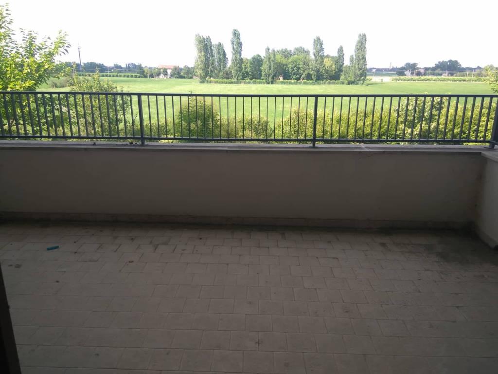 Trilocale 1° piano, zona Montale residenziale