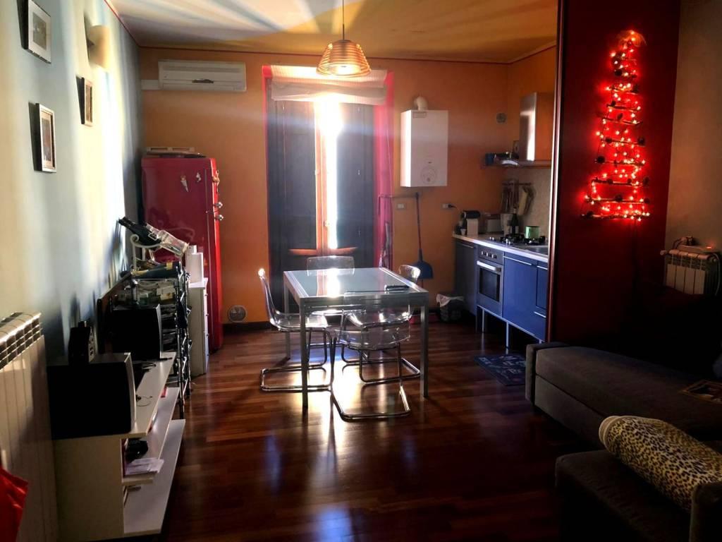 Appartamento in buone condizioni in vendita Rif. 9195465
