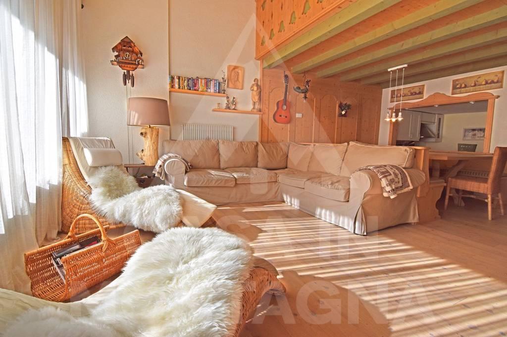 Appartamento in ottime condizioni arredato in vendita Rif. 5588683