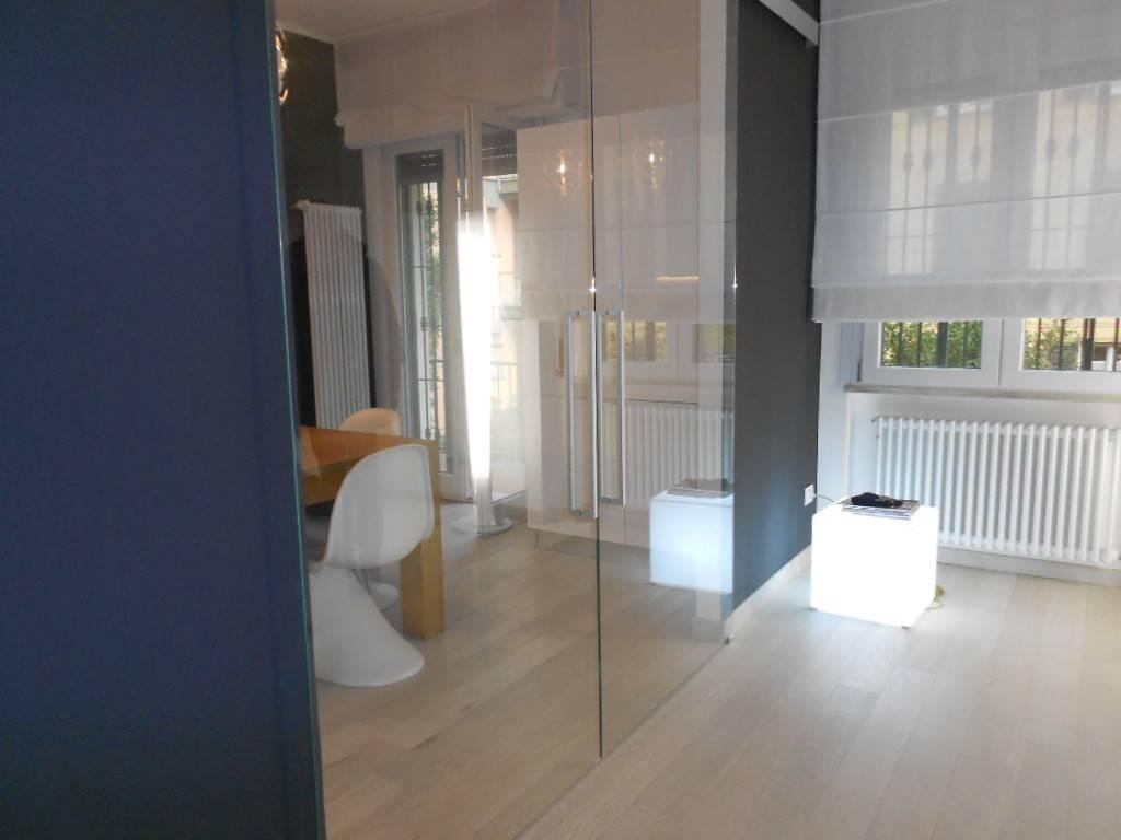Appartamento in ottime condizioni parzialmente arredato in vendita Rif. 9194385