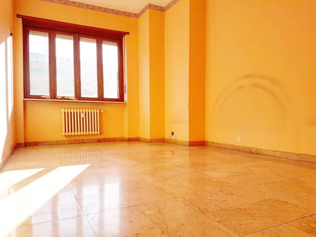 Appartamento in vendita via Torino 192 Nichelino