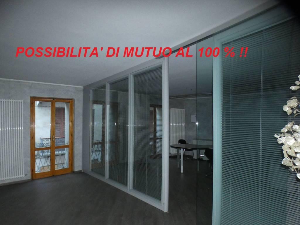 Appartamento in ottime condizioni in vendita Rif. 9214119