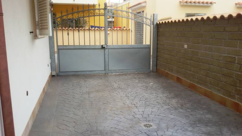 Appartamento in vendita a Ladispoli, 3 locali, prezzo € 170.000 | CambioCasa.it