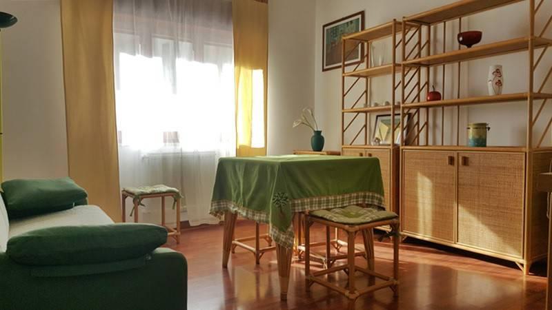 Appartamento in buone condizioni arredato in affitto Rif. 9209687