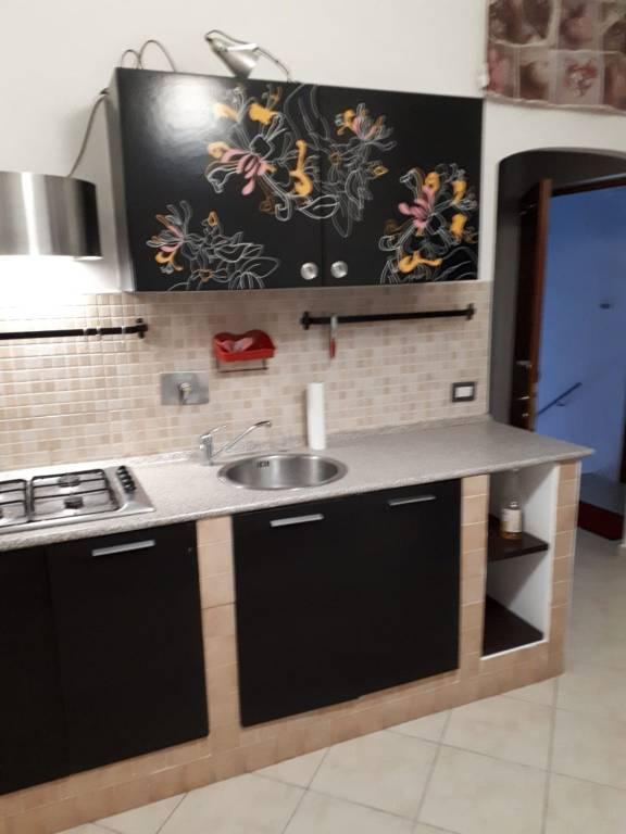 Appartamento in ottime condizioni arredato in affitto Rif. 9216767