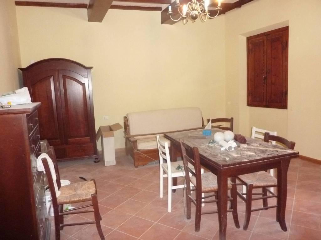 Appartamento in ottime condizioni in vendita Rif. 9213092