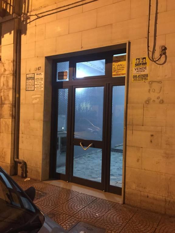 Taranto ampio appartamento in zona Ospedale