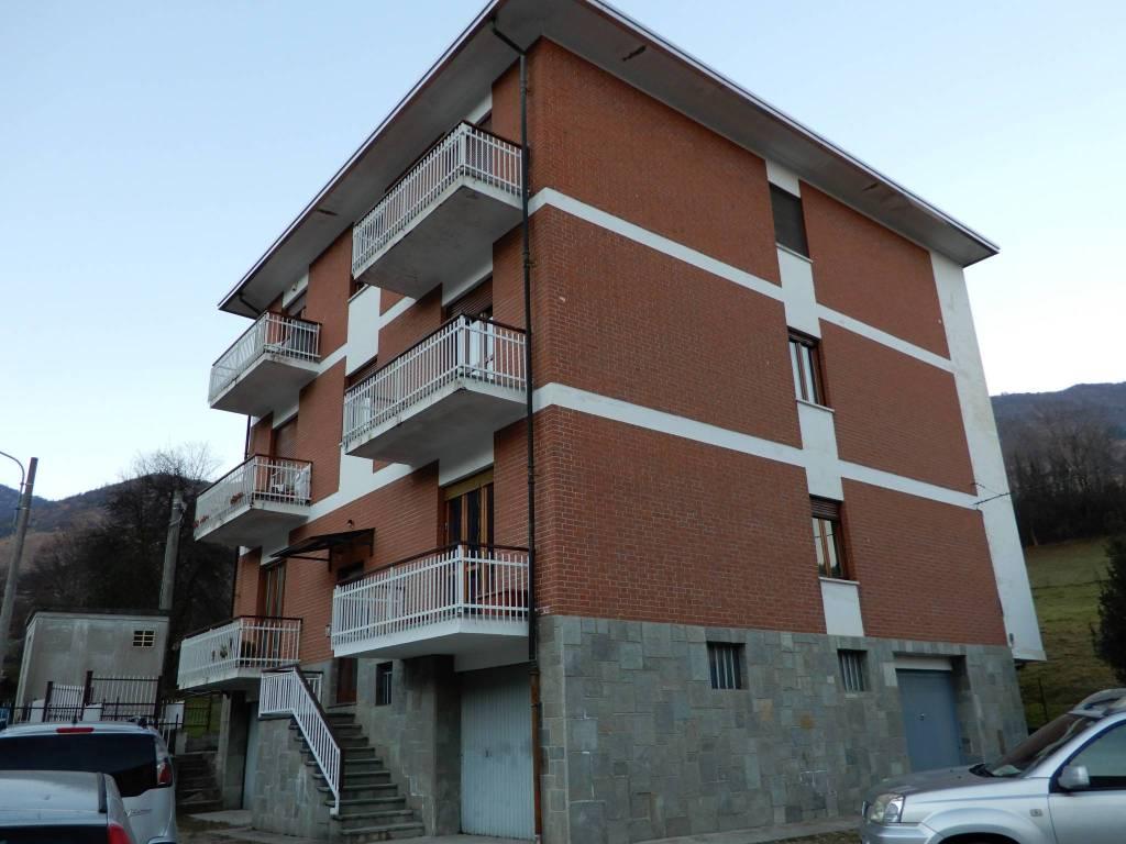 Appartamento in buone condizioni in affitto Rif. 9191440