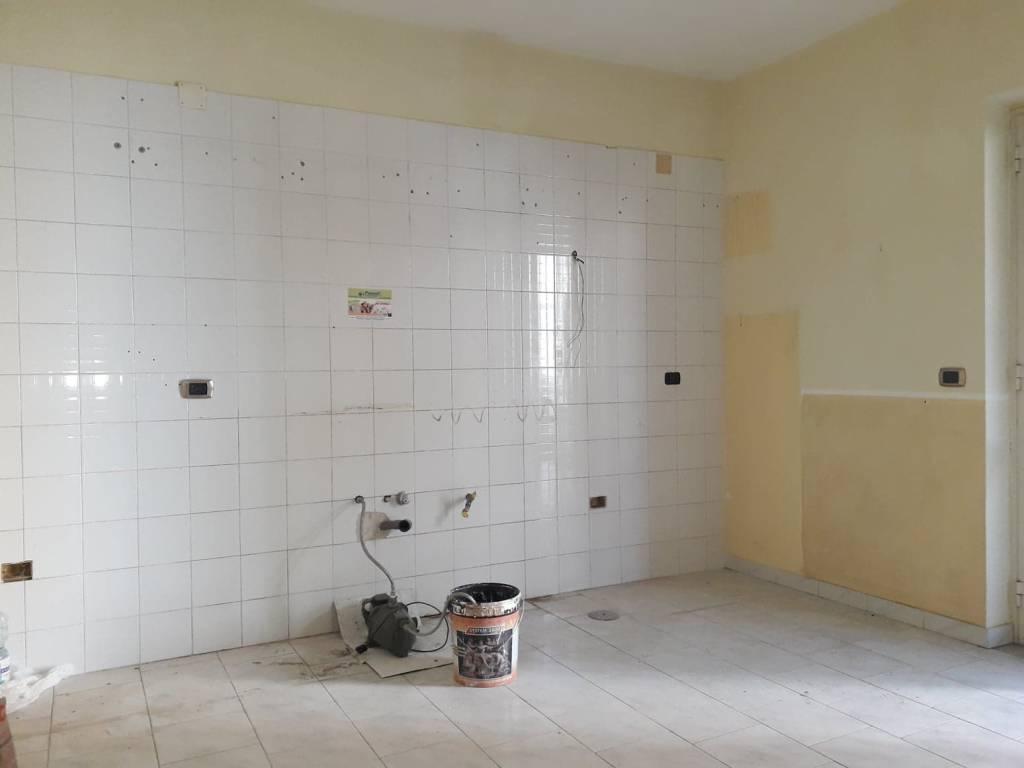 Appartamento in ottime condizioni in affitto Rif. 9216524