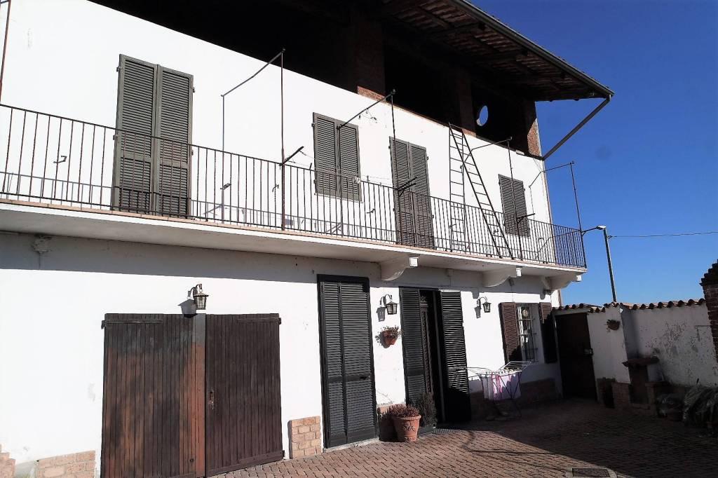 Casa Indipendente in ottime condizioni in vendita Rif. 9214133