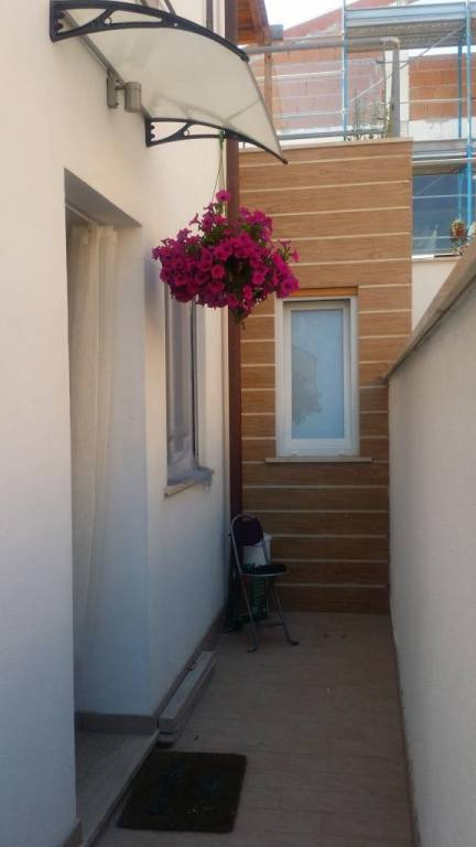 Appartamento in ottime condizioni in vendita Rif. 9212901