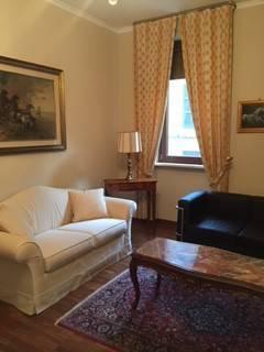 Appartamento in ottime condizioni arredato in affitto Rif. 9303297