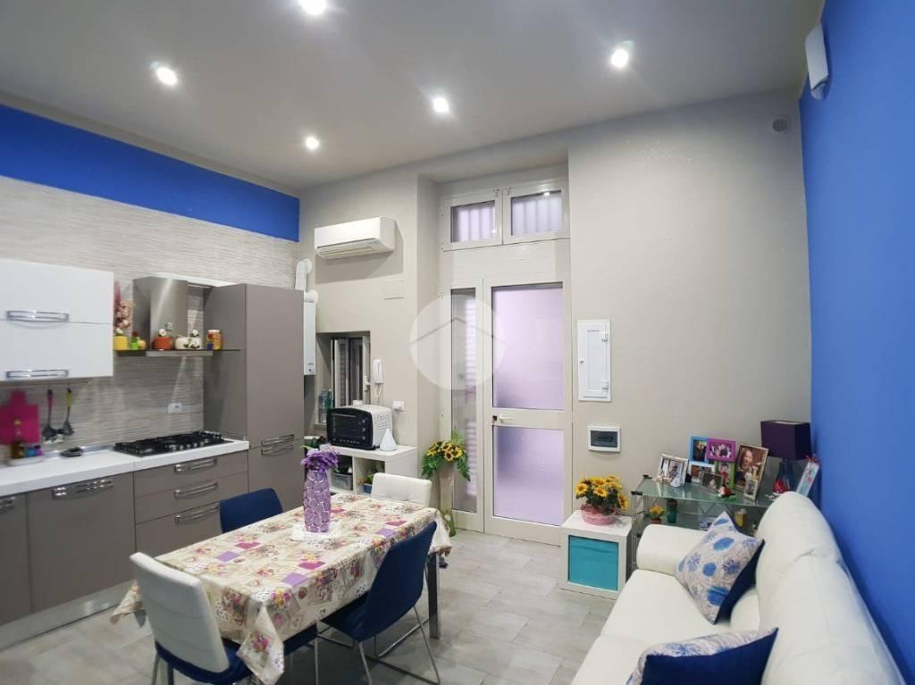 Appartamento in ottime condizioni in vendita Rif. 9291097