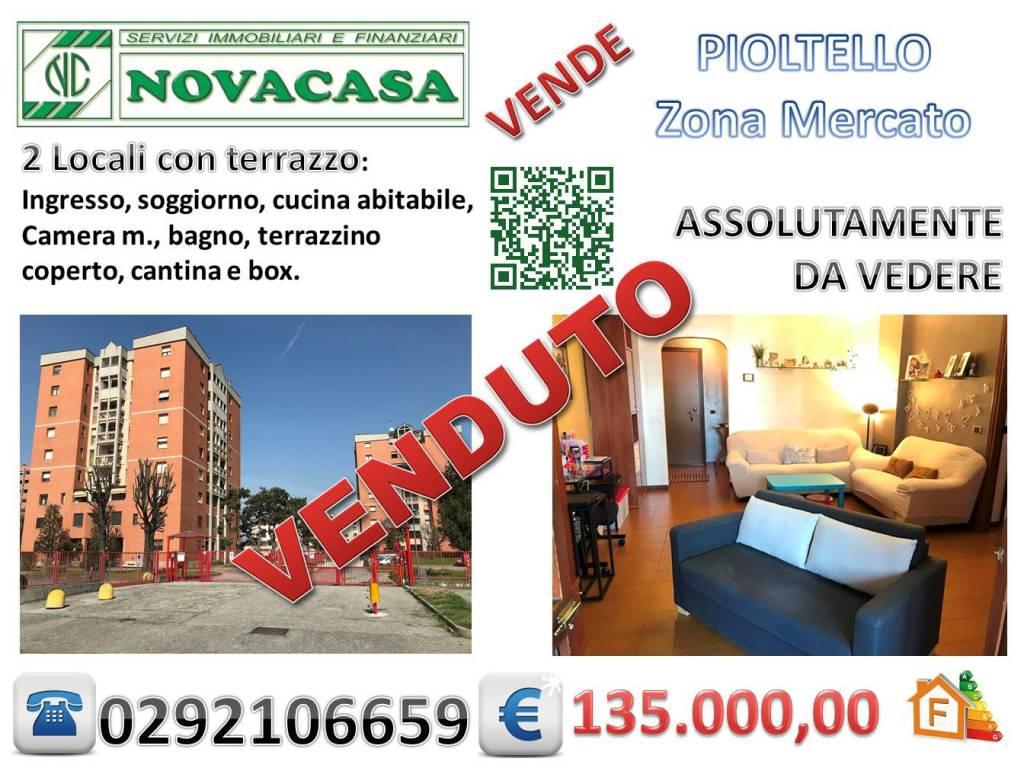 Appartamento in buone condizioni in vendita Rif. 7900175