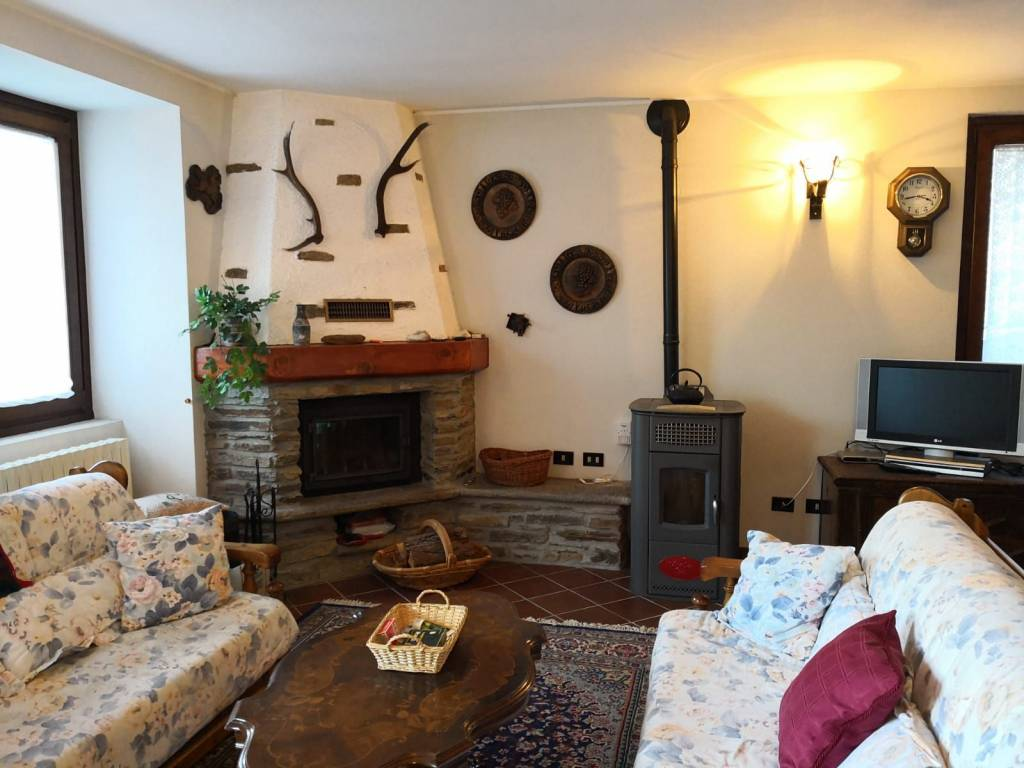 Appartamento in vendita a Ponte di Legno, 5 locali, prezzo € 210.000 | PortaleAgenzieImmobiliari.it