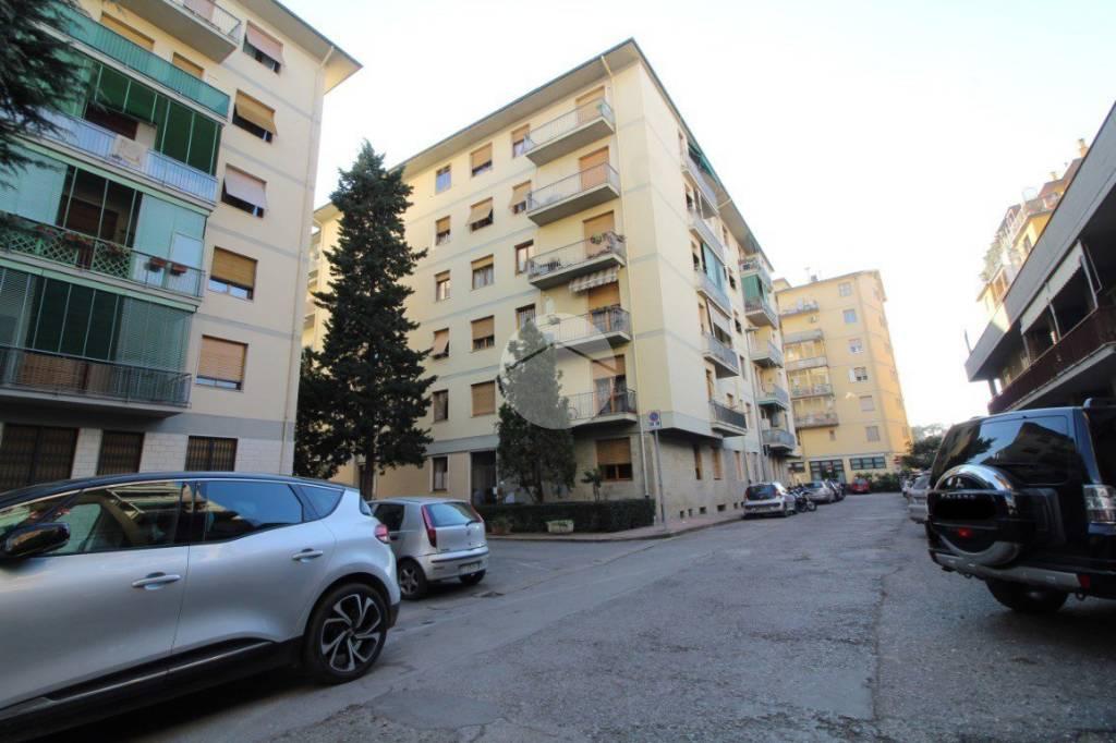 Appartamento in vendita Rif. 9216243