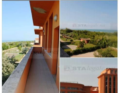 Appartamento in ottime condizioni in vendita Rif. 9225458
