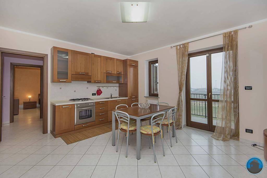 Appartamento arredato in affitto Rif. 9225110
