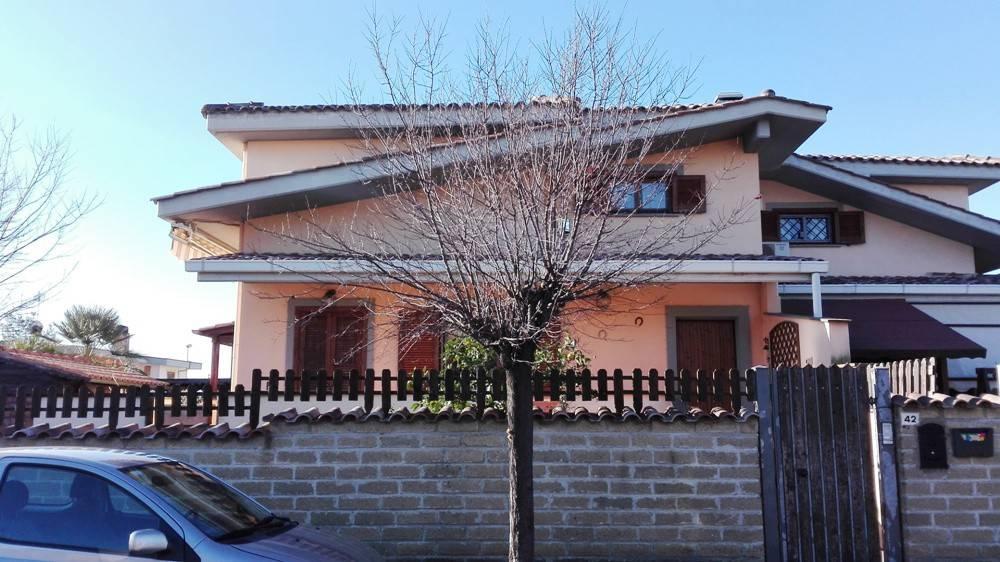 Villa in Vendita a Ladispoli