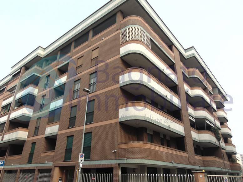 Appartamento in ottime condizioni arredato in affitto Rif. 9241871