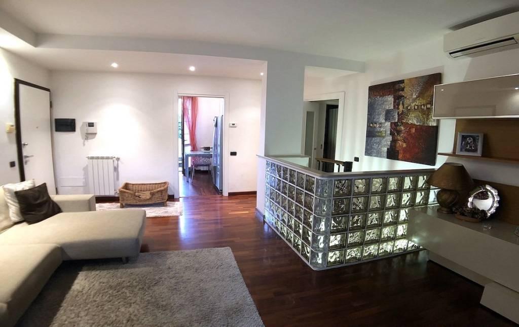 Appartamento in ottime condizioni in vendita Rif. 9240800