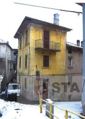 Appartamento da ristrutturare in vendita Rif. 9247564