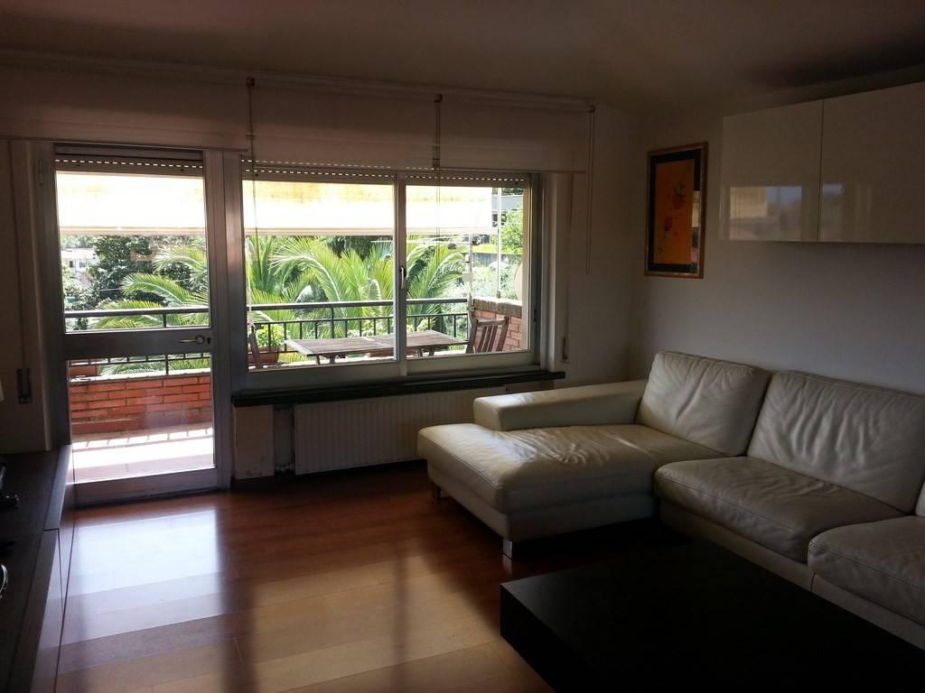 Appartamento in ottime condizioni in vendita Rif. 9242087