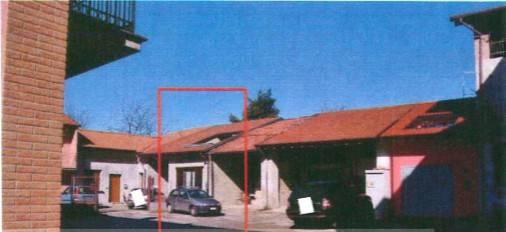 Appartamento in vendita a Bregnano, 4 locali, prezzo € 83.250 | CambioCasa.it