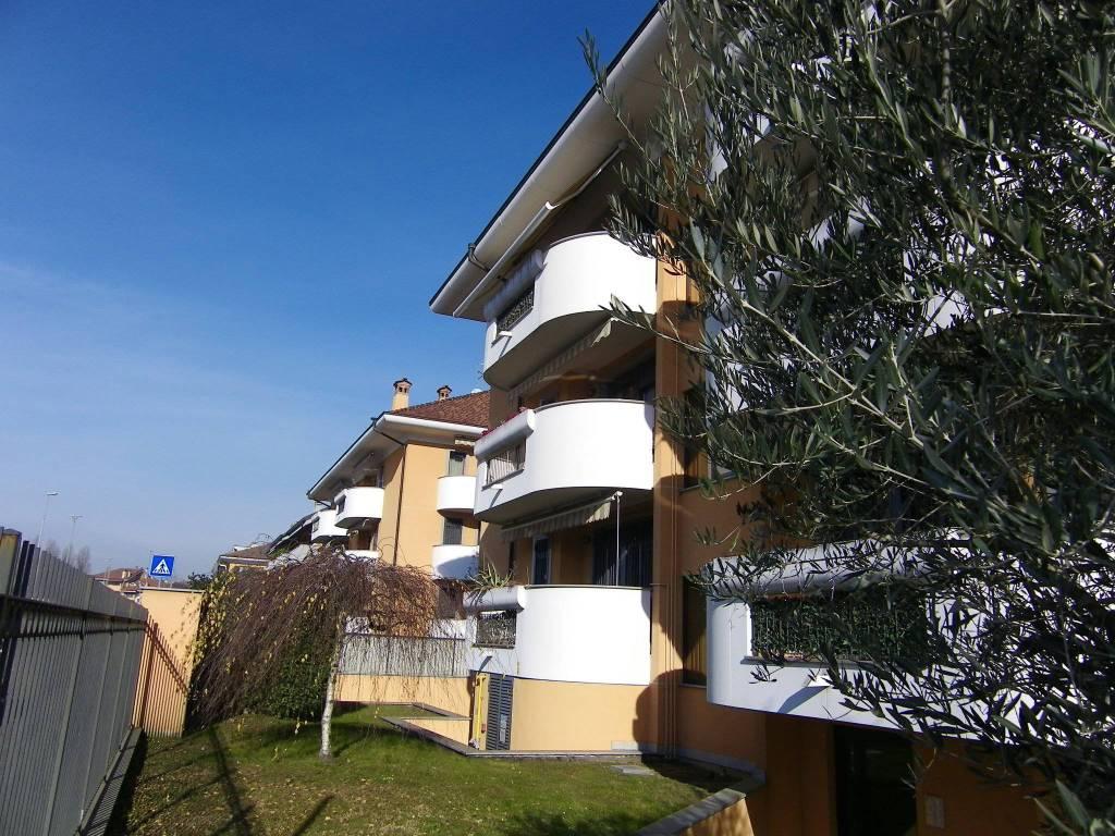 Appartamento in ottime condizioni arredato in affitto Rif. 9241935
