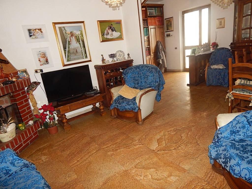 Casa Indipendente in buone condizioni parzialmente arredato in vendita Rif. 9243626