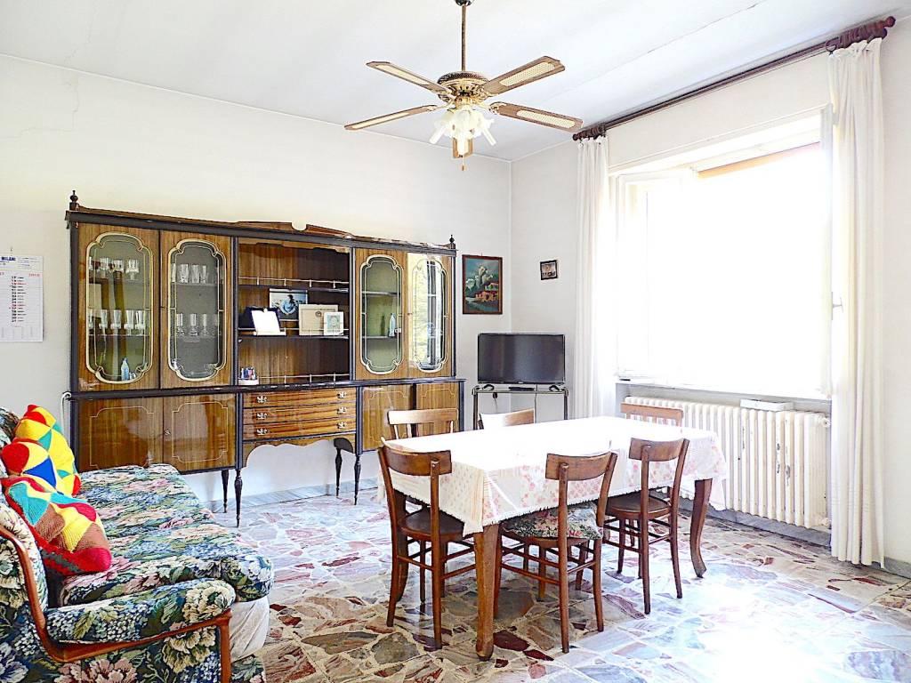 Villa in vendita a Inveruno, 4 locali, prezzo € 370.000 | CambioCasa.it