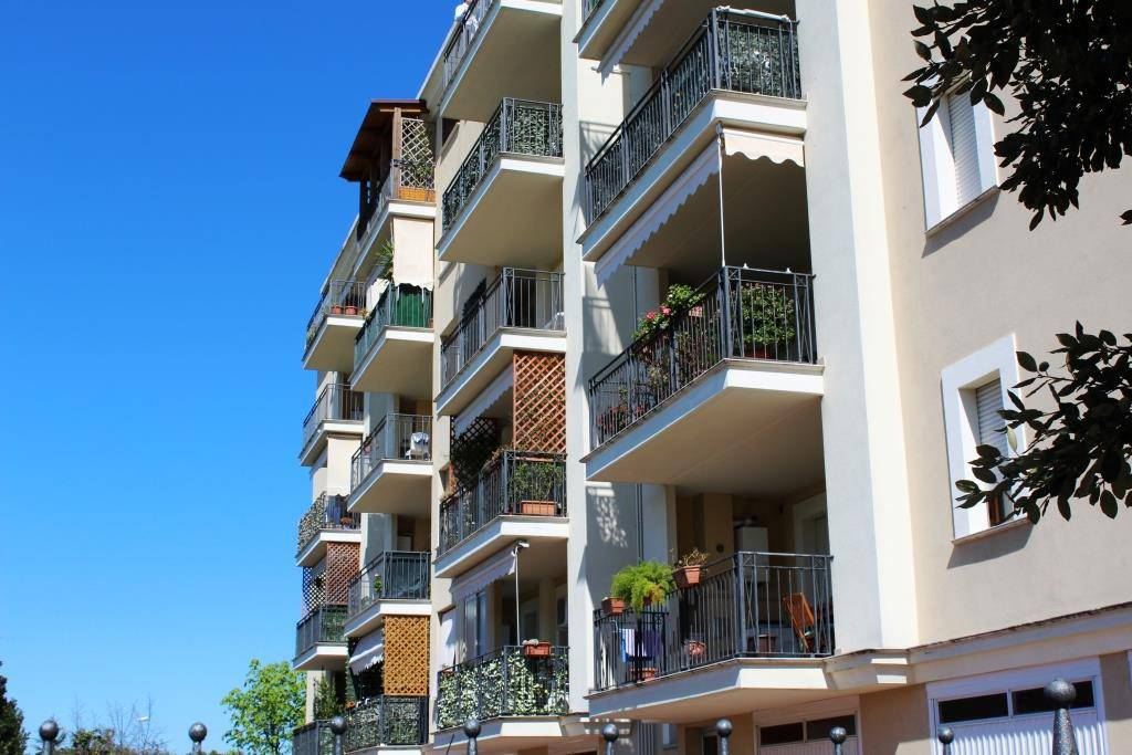 Appartamento in buone condizioni arredato in vendita Rif. 5225692
