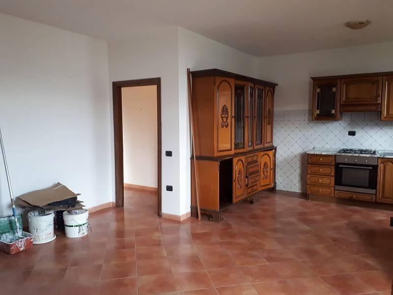 Appartamento in buone condizioni in vendita Rif. 7029844