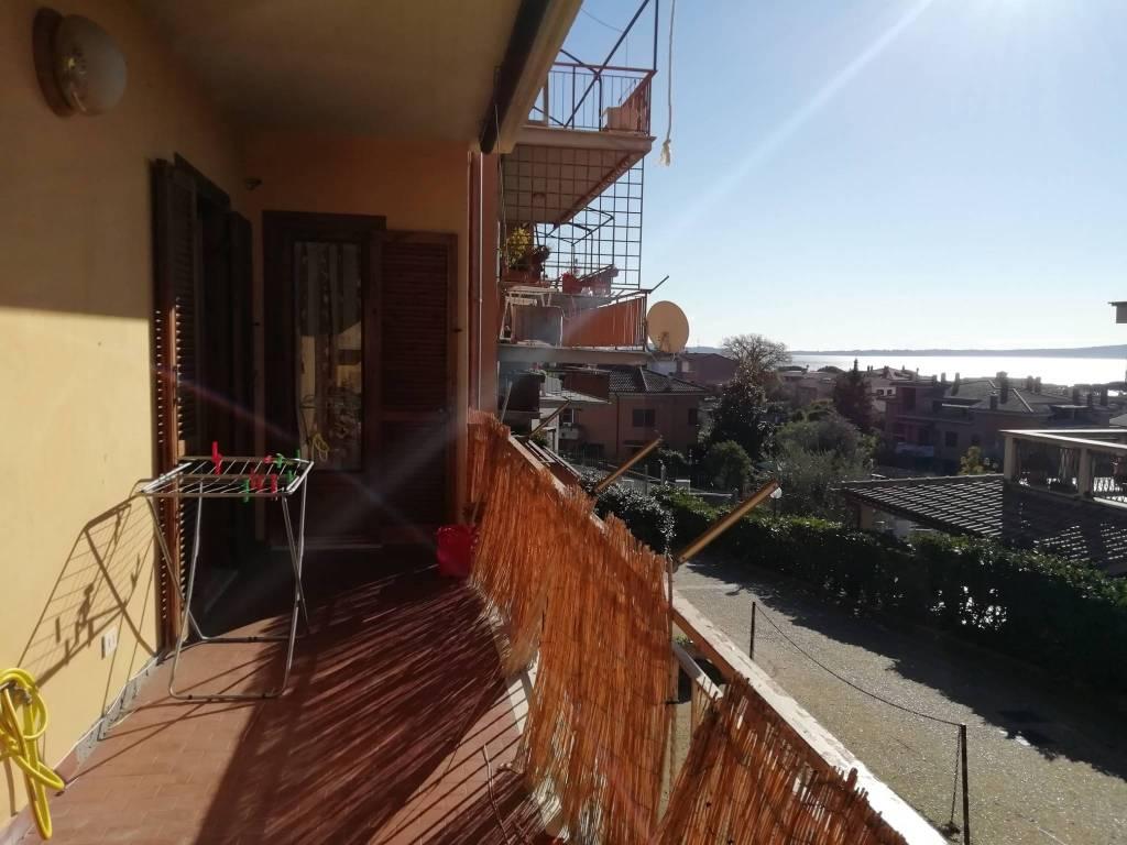 Appartamento vista lago in affitto Trevignano R.