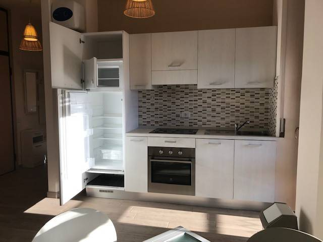 Appartamento in ottime condizioni arredato in affitto Rif. 9244286