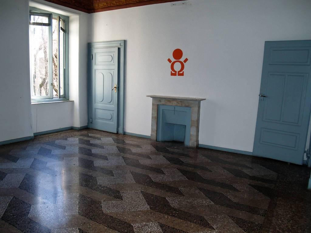 Ampio ufficio su Viale Garibaldi Rif. 7108974