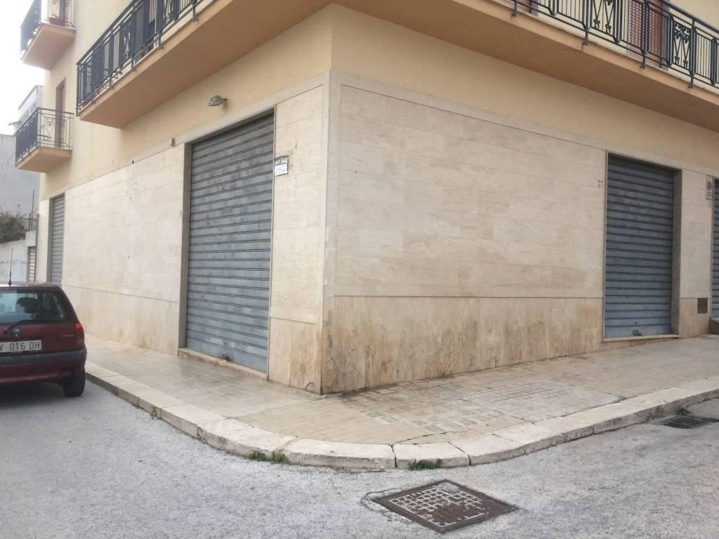 Erice Casa Santa, affittasi locale commerciale pressi Via Ma Rif. 9309835
