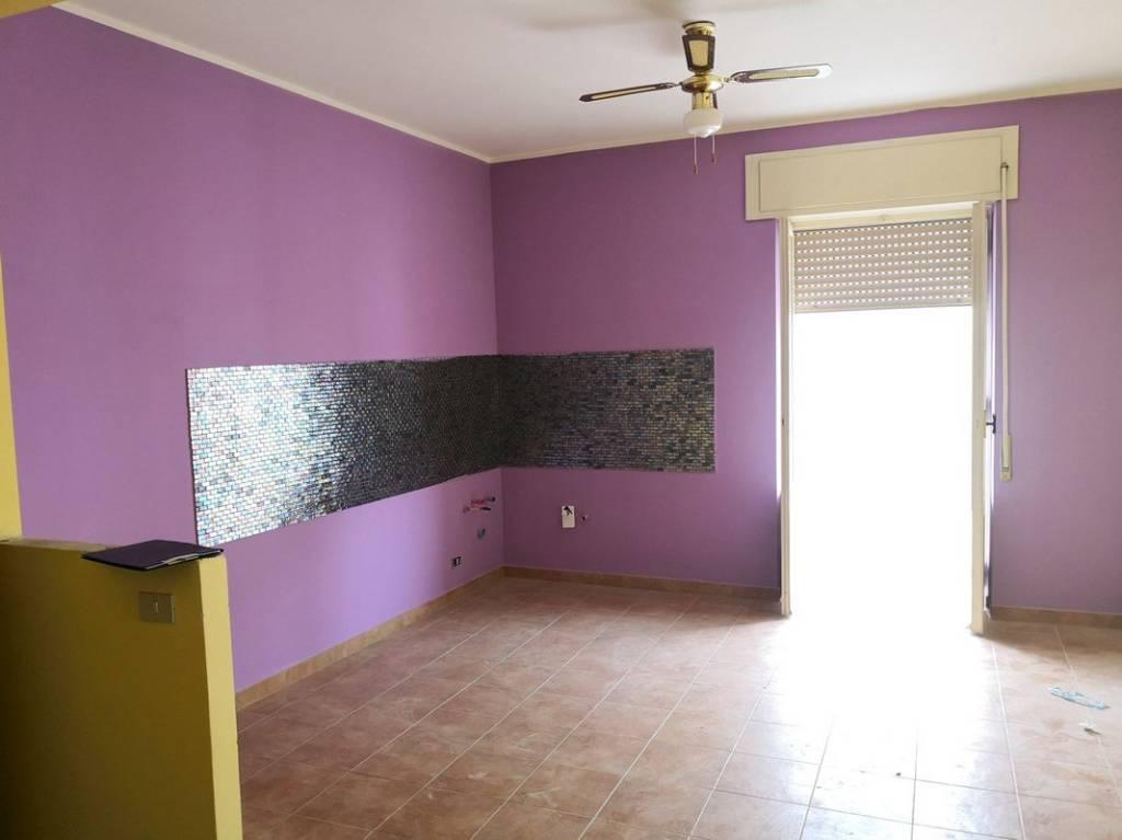 Appartamento in buone condizioni in vendita Rif. 9240078