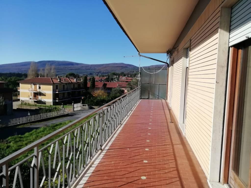 Appartamento ampia metratura vista lago Trevignano Romano