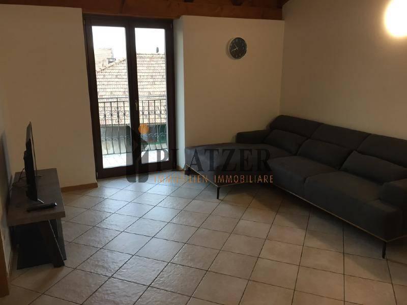 Appartamento in ottime condizioni arredato in vendita Rif. 9244446