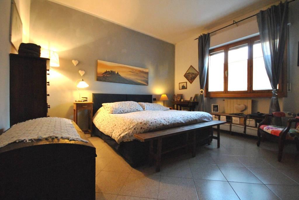 Appartamento in buone condizioni in vendita Rif. 9246265