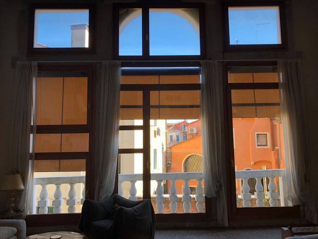Appartamento in ottime condizioni arredato in affitto Rif. 9240451