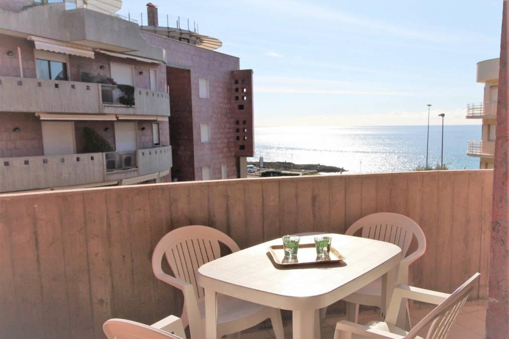 Appartamento in ottime condizioni in vendita Rif. 9241958