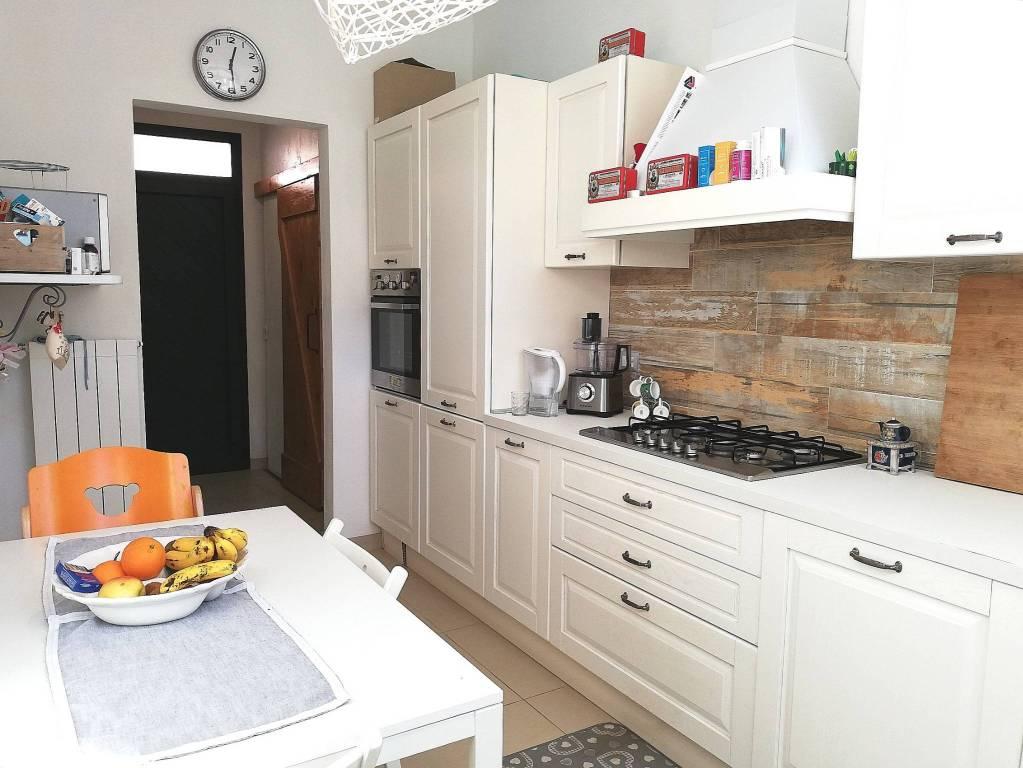 Casa Indipendente in ottime condizioni in vendita Rif. 9241960