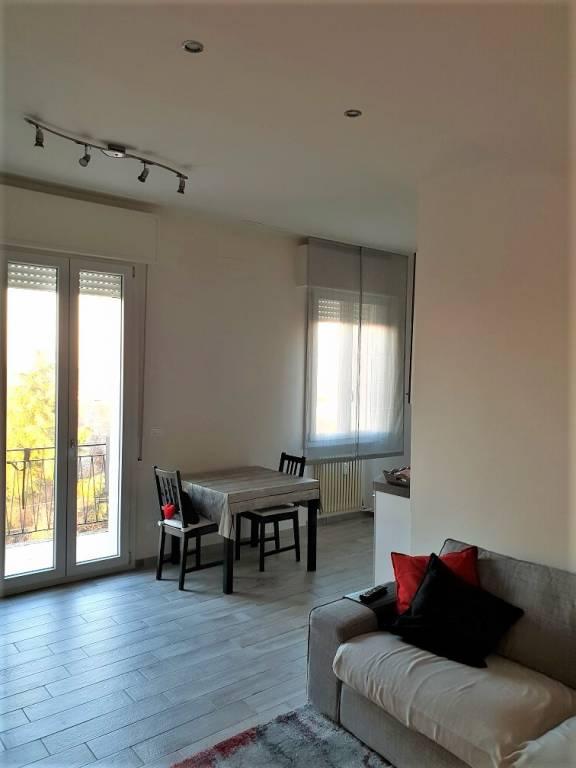 Appartamento in ottime condizioni parzialmente arredato in vendita Rif. 9245401
