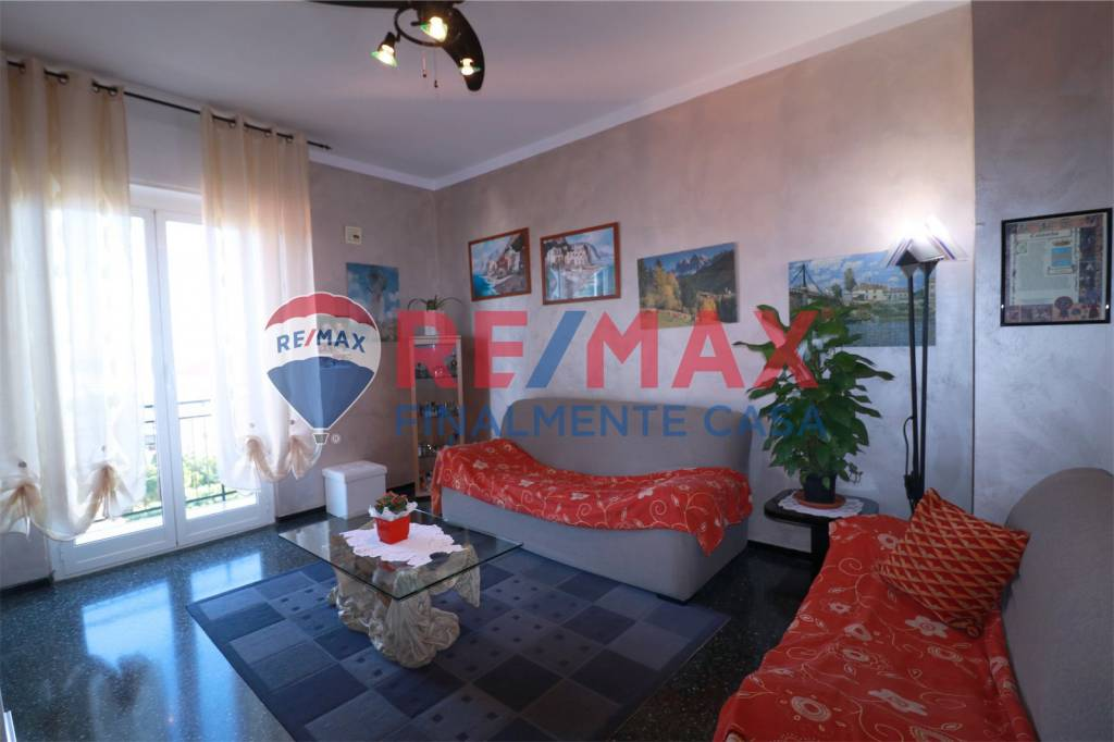 Appartamento in ottime condizioni in vendita Rif. 9260087