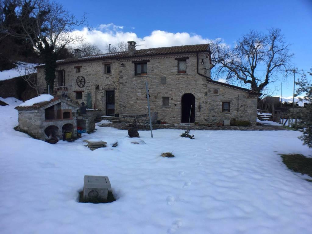 Villa 5 locali in vendita a Pettoranello del Molise (IS)