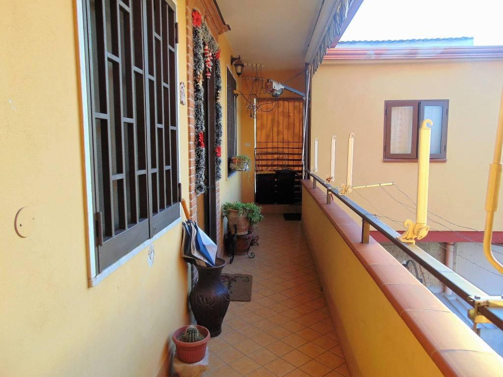 Appartamento in ottime condizioni in vendita Rif. 9424032